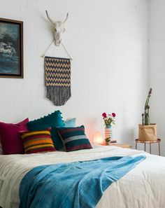 Boho bedroom styling  Styling: Jade Goulding Style + Space Photography: Hannah Peuchmarin