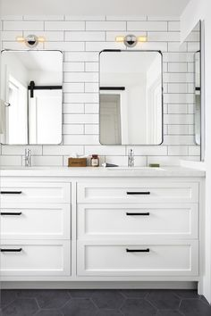 Kids Bath, Country Club Project, Mill Valley, California Completed 2016 Bath American Architectural Details Coastal Contemporary Cottage Craftsman Farmhouse Industrial MidCenturyModern Modern Rustic Transitional by Elena Calabrese Design & Decor