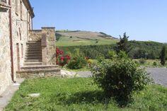 Villa Campino || www.tuscanyretreats.com ||  Italy - Tuscany ||  Siena, San Casciano dei Bagni, 8-16 persons, Private Pool W/ breathtaking views of valleys & Mount Amiata (up to 15 people) #tuscanvillasforrent #tuscanyvillasforrent #italyvillas #Italianvillas #italianvillasforrent #vacation #italytravel #urlaub #holidayhomes #villasforrent #luxuryvilla #ferienhaus #toskanaferienhaus #tuscanyluxuryvilla #tuscanyvillaswithpool #holidayhomes #italianholidayhomes #tuscanyholidayhomes…