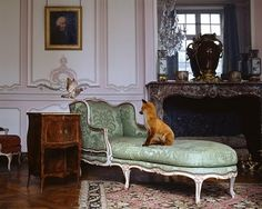 to make a short story long (Karen Knorr: Fables - Photographies au Musée Carnavalet)