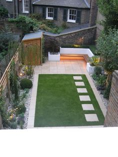 garten design 9 ideas for small, cheap and low maintenance gardens Create a beautiful and low maintenance garden incorporating river rock; landscaping with a dry stream and using river rock to accent your garden. Simple Garden Designs, Back Garden Design, Urban Garden Design, Backyard Garden Design, Simple Garden Ideas, Garden Ideas With Stones, Backyard Designs, Small Backyard Landscaping, Backyard Patio