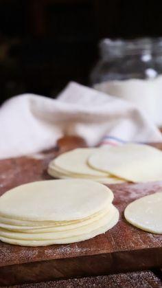 Boricua Recipes, Bread Dough Recipe, Deli Food, Tasty, Yummy Yummy, Good Food, Food Porn, Cheese, Cooking