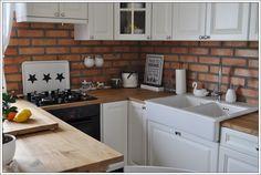 Wnętrza, salon z kuchnią - Rok temu spełniło się jedno z naszych marzeń-przeprowadzka na wieś :) Na razie do domu rodzinnego mojego M. Zajmujemy w nim piętro, 100m2....