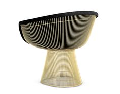 The iconic Platner Lounge Chair was designed Warren Platner by welding hundreds of curved rods to circular frames, simultaneously creating furniture and art. Cool Furniture, Furniture Design, Office Furniture, Modern Furniture, Knoll Chairs, Lounge Chairs, Outdoor Dining Chairs, Contemporary Dining Chairs, Living Room Chairs