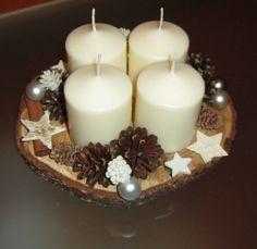 Vánoční svícen na dřevěném podkladu / Zboží prodejce Láseniška   Fler.cz Pillar Candles, Tea Lights, Diy Home Decor, Art Floral, Christmas, Gifts, Christmas Decor, Craft, Centerpieces