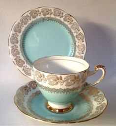 China-Tea-Cup-Vintage-Teacup-trio-Saucer-Teaplate-Roslyn-Blue-Gold