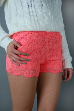 Lace shorts - WANT. but why they gotta be hooker length? I'm a mom... Gotta keep it classy!