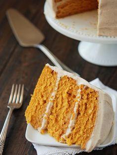 DreamCakeFactory | Pumpkin Spice Cake Recept voor de cream cheese frosting proberen