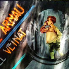Recuperem el teatre Arnau pel veinat . @rocblackblock #rocblackblock #barnart#stree2lab #dsb_graff #urbangraffitisbcn #rsa_graffiti#tv_streetart #splendid_urban#urbanromantix  #ig_barcelona #catalunyalliure #arteenlascalles #arteurbano #arteurbanobarcelona##dopeshotbro #vimural #arteenlascalles #artalcarrer  #tv_streetlife by fans_del_arte_urbano