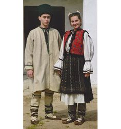 Hateg, Transilvania Folk Costume, Costumes, Folk Art, Hipster, The Incredibles, Traditional, Blouse, Inspiration, Fashion