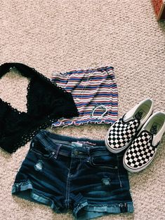 vsco livbrianna Outfit livbrianna Outfit vsco is part of Cute outfits - Cute Outfits For School, Teenage Girl Outfits, Cute Comfy Outfits, Cute Summer Outfits, Teen Fashion Outfits, Swag Outfits, Outfits For Teens, Trendy Outfits, Teenage Clothing