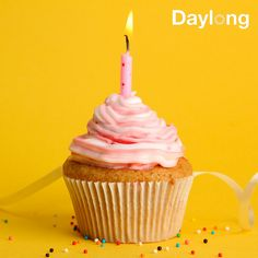 The right frosting is more than just sugar. It takes a careful consideration and balance of certain flavors and chemicals. No Me Importa, Birthday Candles, Frosting, Consideration, Sweet, Tips, Desserts, How To Make, Sugar