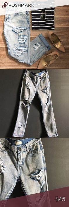 """Tobi Distressed Boyfriend Jeans Great for casual weekends. Cotton. Back and front pockets. Dry Flat. Denim wash: Balboa. Waist 24"""". Length: 35"""". Inseam: 25"""". Front rise: 9"""". Back rise: 11"""". At the thigh: 19"""". At the knee. 15"""". Great condition. Tobi Jeans Boyfriend"""
