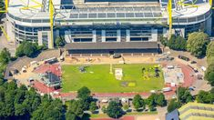 Bei der BVB GmbH & Co. KG a.A. hat man scheinbar noch zu viel Geld und so plant man ein neues Stadion für die 2. Mannschaft ..
