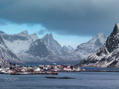 Lofoten frozen paradise, Norway - Simple, 1/100 - f 5,6 - 50 iso. The rest it is done it by the mother nature.