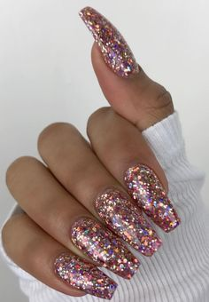Sparkle acrylic nails, coffin nails glitter, gliter nails, chunky glitter n Gliter Nails, Coffin Nails Glitter, Sparkly Acrylic Nails, Rose Gold Glitter Nails, Pink Sparkly Nails, Matte Nails, Pink Nails, Tumblr Acrylic Nails, Acrylic Summer Nails Coffin