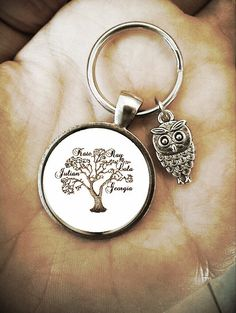 custom family tree personalized monogram key chain or necklace for father/dad/mom/grandma/nana/mom/wife/husband, birthday. owl baby new mom