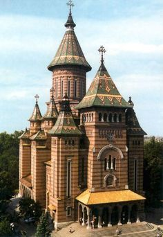 Romania Travel Inspiration - the Romanian Orthodox Cathedral in Timisoara, Romania Church Architecture, Religious Architecture, Wonderful Places, Beautiful Places, Bósnia E Herzegovina, Timisoara Romania, Places To Travel, Places To Visit, Romania Travel