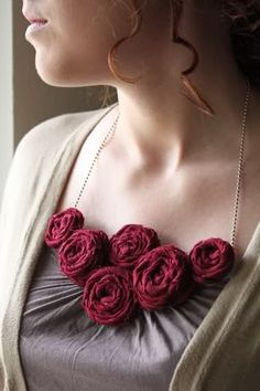 rosette necklace tutorial from Megan Brooke Handmade