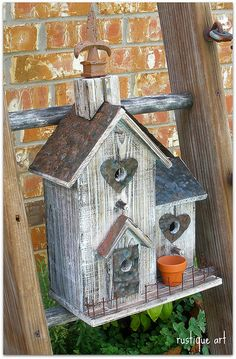 Birdhouse by rustiqueart, via Flickr