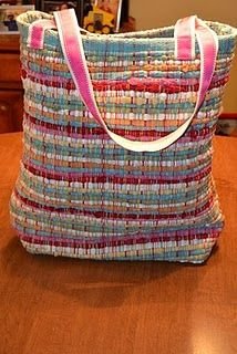 This looks fun and very durable! Rag rug tote.
