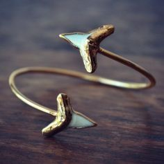 shark tooth bangle