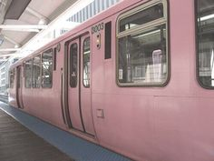 Imagem de pink, train, and grunge Pink Love, Pretty In Pink, Desu Desu, Neon Light, Pink Light, Tout Rose, I Believe In Pink, Marina And The Diamonds, Pink Themes