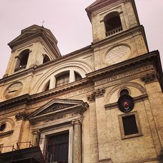 The lovely church at the top of the Spanish Steps. Photo by rizbvee.