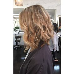 Loving ALL of this! #Haircut by Tami Jensen and #haircolor by Dani Hernandez. 5 inches cut off and beautifully #highlighted. #jonathanandgeorge #hair #hairstyle #bronde #layers #hairbytamijensen #colorbydanihernanz #beautifulhair #waveyhair #hairtalk #goodhairdays @tamijhair @colorbydani_h