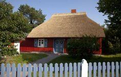 Naturnahes+Reetdachhaus+in+Boddennähe+auf+abgeschlossenem+großzügigem+Grundstück+++Ferienhaus in Born am Darß von @homeaway! #vacation #rental #travel #homeaway