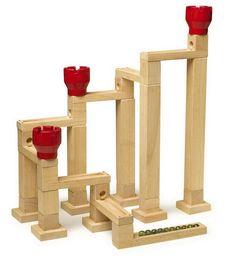 """Kugelbahn mit Magneten. Durch Magneten werden die einzelnen Bauklötze """"festgehalten""""! Kein Umfallen, kein verrutschen mehr! In 1.000 Variationen aufbaubar! Tip: gleich mehrere Sets nehmen, dann können unglaubliche Konstruktionen erstellt werden! ca. 54 cm hoch"""