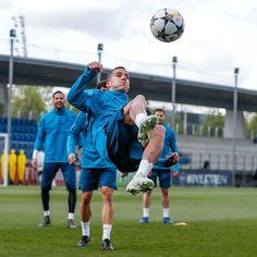 VAZQUEZ....training session!! RM vs Bayern....Semi-final[2-Leg]   UCL 2017-18 Semi Final, Ronaldo, Real Madrid, Challenges, Training, Football, Sports, Guys, Bavaria