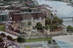 211 photos of Tower of London Norman Conquest, Tower Of London, Fortification, River Thames, Photo Reference, Tower Bridge, Prison, Paris Skyline, Medieval