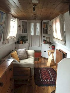 Simple Comfortable Living Room Ideas Furniture Decor Its 16 Caravan Interior Design Ideas Futurist Architecture Vw Lt Camper, Rv Campers, Camper Van, Home Design, Interior Design, Design Ideas, Interior Ideas, Canal Boat Interior, Narrowboat Interiors
