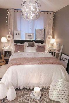 Elegant Small Master Bedroom Design with Elegant Style Small Master Bedroom Design with Elegant Style. Girl Bedroom Designs, Room Ideas Bedroom, Room Decor Bedroom Rose Gold, Blush Pink Bedroom, Teen Bedroom Furniture, Bedroom Decor For Small Rooms, Bedroom Themes, Bedroom Sets, Decorative Lights In Bedroom