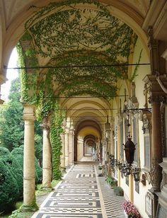 The Mirogoj Cemetery is considered to be one of the …most beautiful cemetery park in Europe