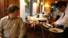 Know How Waiters Read Your Table to Get Better Service
