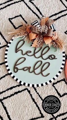 Fall Classroom Decorations, Fall Wedding Decorations, Thanksgiving Decorations, Holiday Decorations, Fall Crafts, Decor Crafts, Wood Crafts, Diy Crafts, Diy Signs
