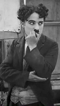 Charlie Chaplin, a legend of the cinema Vevey, Charlie Chaplin, Classic Hollywood, Old Hollywood, Betty Boop, Charles Spencer Chaplin, My Prince Charming, Silent Film, Old Movies