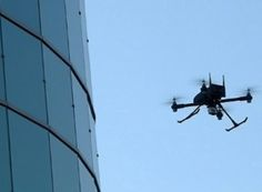 Quadrocopters scanning bigger objects, to bring new players into the 3D Printing world....