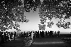 An unforgettable weddnign party. Beautiful people for a truely magnificent wedding day in Italy