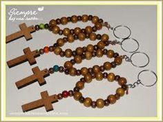 denario de madera - Google Search Rosary Bracelet, Rosary Beads, Beaded Bracelets, Kids Jewelry, First Communion, Pastel, Diy Crafts, Drop Earrings, Rosaries