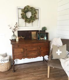 We have a desk that's similar to this, and an old window frame...all I need is the Magnolia wreath!