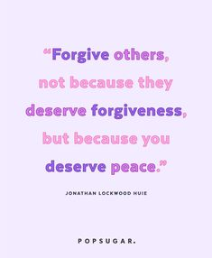 39 Powerful Quotes That Will Change the Way You Live and Think Holding Grudges Quotes, Grudge Quotes, Daily Inspiration Quotes, Great Quotes, Inspirational Quotes, Inspiring Sayings, Deep Quotes, Motivational Quotes, Positive Energy Quotes