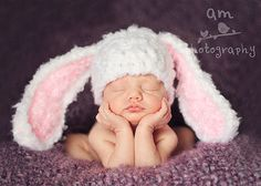 Download PDF crochet pattern 036 - Floppy ears Bunny hat - Multiple sizes from newborn through 12 months