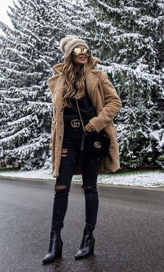 Mode rock Women's Wool Duffel Coat - A New Day™ Winter Coat Outfits, Winter Outfits Women, Fall Outfits, Winter Clothes, New York Winter Outfit, Sweater Outfits, Fashion Blogger Style, Fashion Week, Look Fashion
