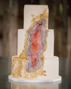 Hottest Wedding Cake Trends for 2017 - Discover wedding cake inspiration for your big day, from elegant marble to nature inspired geode cake designs. Bolo Geode, Geode Cake, Pretty Cakes, Beautiful Cakes, Amazing Cakes, Cool Wedding Cakes, Wedding Cake Designs, Crystal Cake, Gateaux Cake