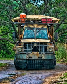 Kilimanjaro Safari by Imagineering My Way, via Flickr