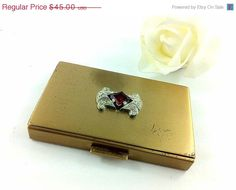 SHOP SALE  50 OFF Art Deco Vintage Compact by TheOldJunkTrunk, $20.00