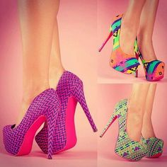 Colorful Heels - I Love Shoes, Bags & Boys These are the bomb. Who is wild enough to wear these? Love them Dream Shoes, Crazy Shoes, Me Too Shoes, Wedge Boots, Shoe Boots, Pumps Heels, High Heels, Stilettos, Stiletto Heels